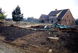 JLBG residence - soil preparation and irrigation installation - 1999